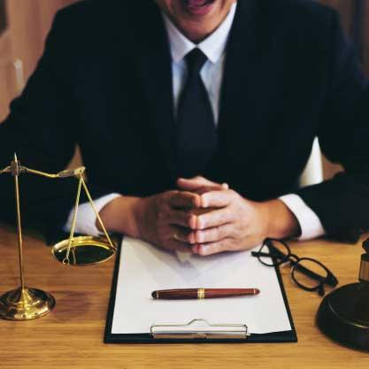وکیل پایه یک دادگستری یعنی چه
